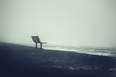 01 31 Mourners Bench