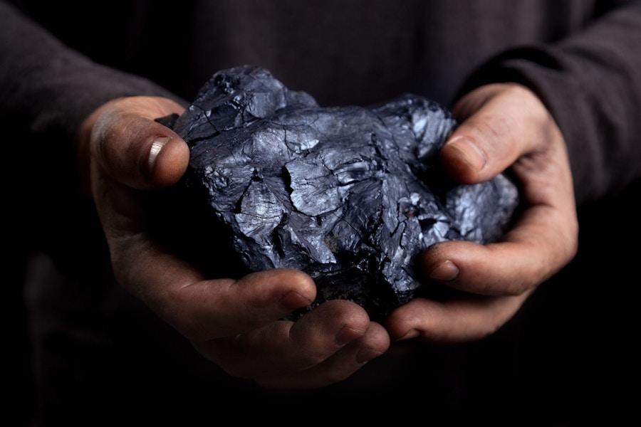 06 10 Coal Confession