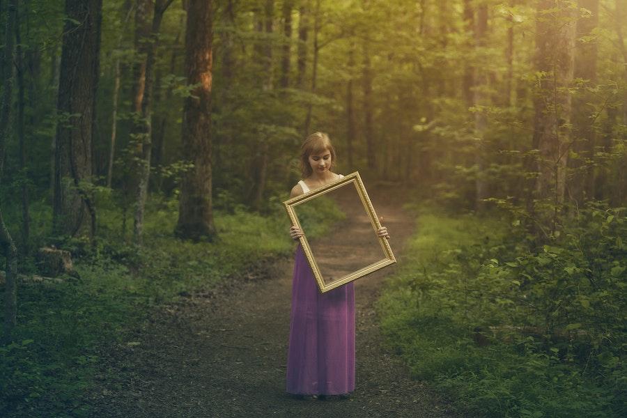 06 20 Mirrror Mirror
