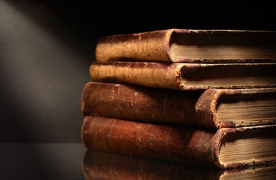 09 15 Old Books No Titles