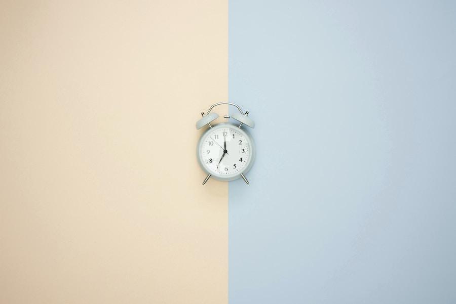 Clock on Split Color BG