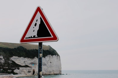 Cliff Warning Sign