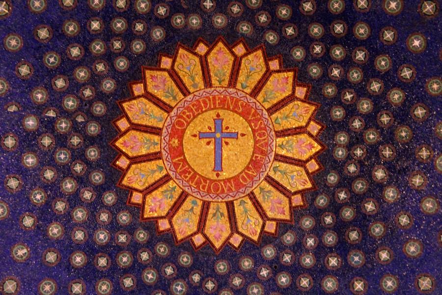 Mosaic Obedient Until Death
